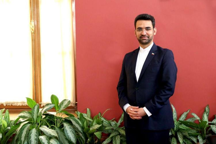 وزیر جوان نقشی در مشخص اسپانسر پرسپولیس ندارد